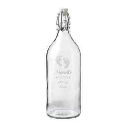 graverad flaska med patentkork